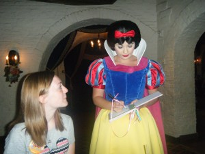 031 Grace and Snow White